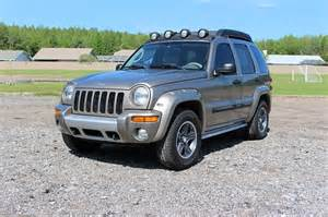 1999 Jeep Liberty 2004 Jeep Liberty Renegade 8 900 Or Best Offer
