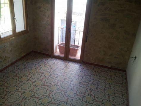azulejo gres azulejos y suelos hidr 225 ulicos de imitaci 243 n la gu 237 a completa