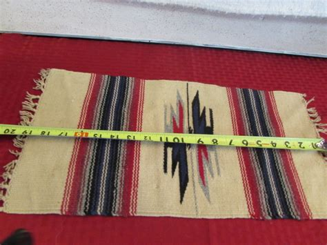 how to hang a navajo rug on the wall lot detail navajo rug wall hanging table scarf