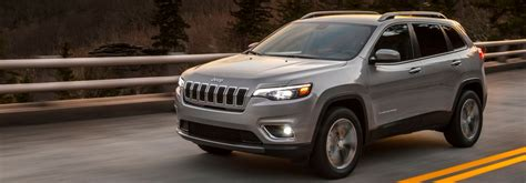 2019 jeep trailhawk towing capacity engine options and towing capacities of the 2019 jeep