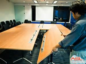 Portable Meeting Table Eubiq Solutions For Conference Tables
