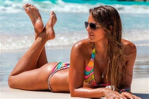 Hotties In Rio: Yulia Efimova   08 08 2016