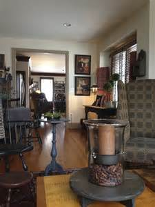 Dining Room Accent Pieces Table Accent As A Dining Room Center Would Be So Lovely Primitive Decor