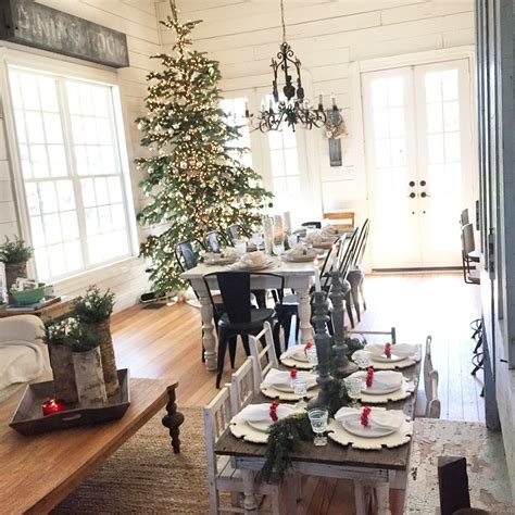 chip and joanna gaines farmhouse chip and joanna gaines how your favorite hgtv
