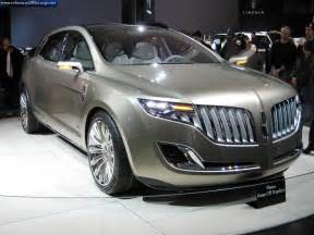 new cars lincoln lincoln will help ford get some style lincoln cars for