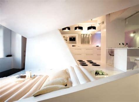 minimalist and functional home interior furniture design 작지만 실용적인 아파트 인테리어 small apartment futuristic interior