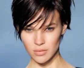coupe cheveux court ras 233 femme