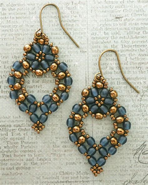 free beaded earring patterns s crafty inspirations free beading pattern