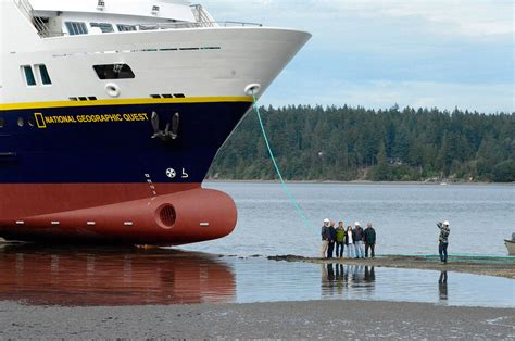 nichols boat builders nichols launches national geographic quest cruise boat