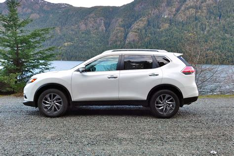 black nissan rogue 2016 2016 nissan rogue review and specs 2016 release date 2017