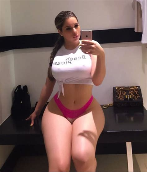 swimware heavy thigh instagram model kathyzworld proves thick thighs save