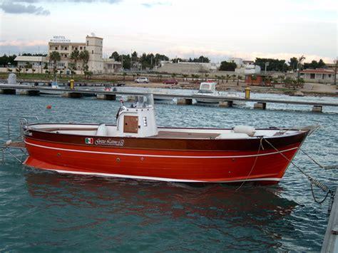 Cabinato Da Pesca by Gozzo Cantiere Navale Latinoprogettazione Barche