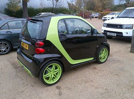 pimped out smart car andre santos shows pimped out smart car at arsenal