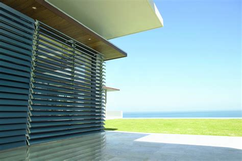 Luxaflex Awnings Sydney by Metal Louvre Awnings Illawarra Blinds And Awnings
