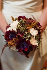 how to choose your bouquet for a fall wedding 30