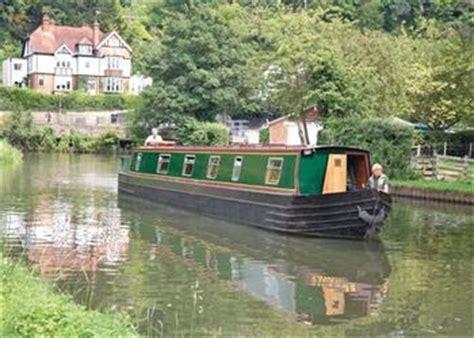 thames river boat hire reading boating holidays caversham boat services reading