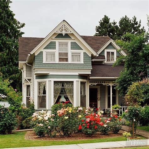 cottage style homes exteriors 25 best ideas about victorian style homes on pinterest
