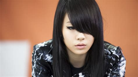 cl 2ne1 black hair another cl picture let s play 2ne1