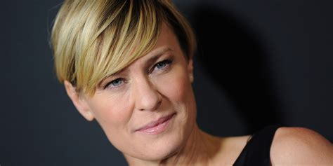 house of cards robin wright hairstyle go pick your poison says house of cards star robin
