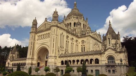 st therese basilica lisieux france basilica of st th 233 r 232 se church in france thousand wonders