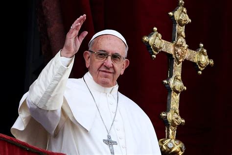 imagenes no tan ocultas del vaticano papa se revolta e xinga cambistas de missas no vaticano