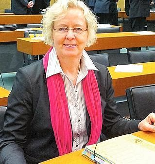 Section 319 B Of The Ina by Landtag Ina Korter Leitet Den Kultusausschuss