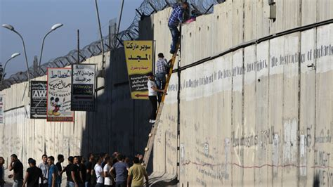 the wall and the gate israel palestine and the battle for human rights books apartheid wall as border israel offers palestine its