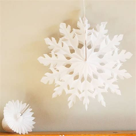 Paper Snowflake Decorations by Chic Paper Snowflake Decorations For This