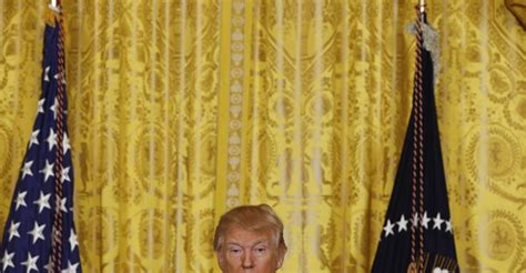 trump gold drapes in a rambling press conference trump dodges tough