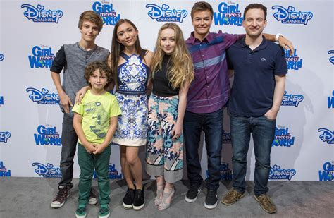 cast of girl meets world takes over times square good girl meets world cast reunion rowan blanchard corey