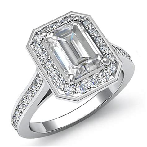 beautiful emerald cut engagement ring h vs2