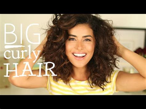 hairstyles with alot of volume my big curly hair tutorial lots of volume youtube