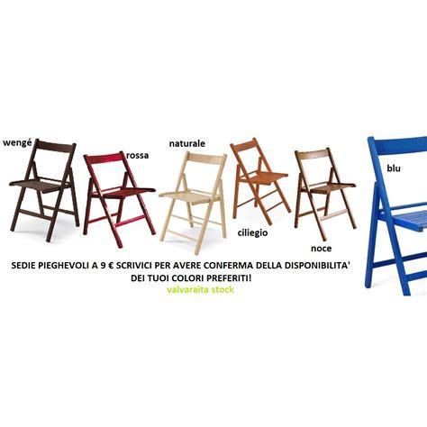 sedie pieghevoli colorate sedie pieghevoli legno seconda scelta valvaraita stock e
