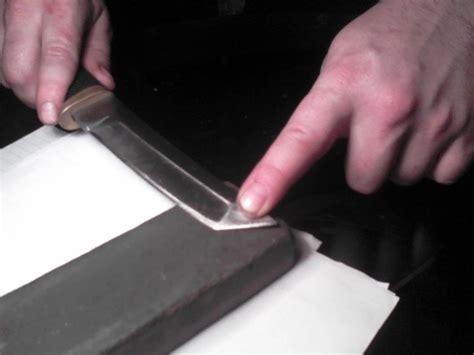 how to make a knife sharp how to make your knife as sharp as the himself