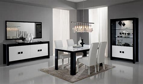 Salle A Manger Complete Laque Noir Et Blanc by Salle A Manger Complete Pisa Laquee Bicolore Noir Blanc