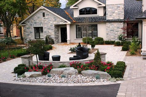 Front Entrance Landscaping Ideas 36 Most Popular Entrance Landscaping Garden For Your Home Freshouz