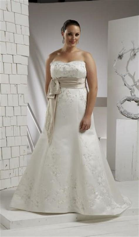 simple plus size wedding dresses cheap simple wedding dress plus size world dresses