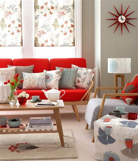 livingroom couch best 25 red couch rooms ideas on pinterest red couches