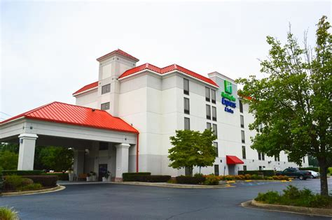 holiday inn express pigeon forge near dollywood in pigeon