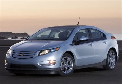 report: americans ready for electric cars with normal auto