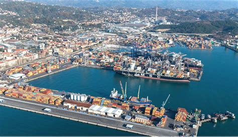 la spezia port la spezia container terminal port today