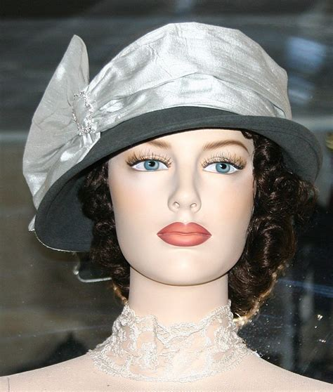 20s flapper hairstyles with hats 20s flapper hairstyles with hats flapper hat cloche hat