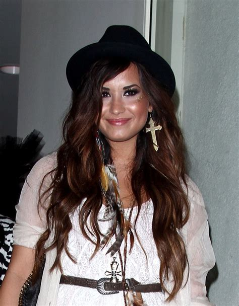 demi lovato as a role model demi lovato admits she was a poor role model our teen trends