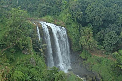 curug sewu waterfall java indonesia air terjun