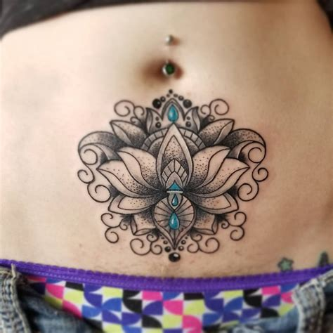 perfectly symmetrical tattoo designs    glamorous   resist