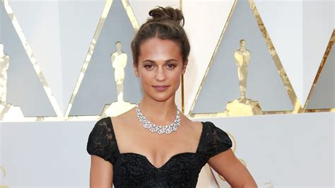 Swedish Style by Alicia Vikander Oscars 2017 Louis Vuitton Look Behind The Scenes Vogue