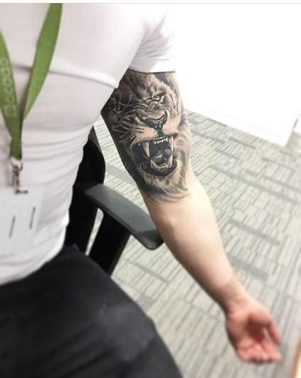 inner bicep lion healed what shall i get on the outer