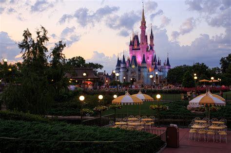 boat covers orlando magic kingdom theme park in orlando thousand wonders