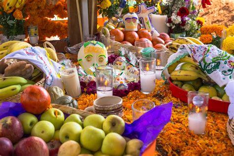 traditions of dia de los muertos exploring day of the dead traditions and the dia de los