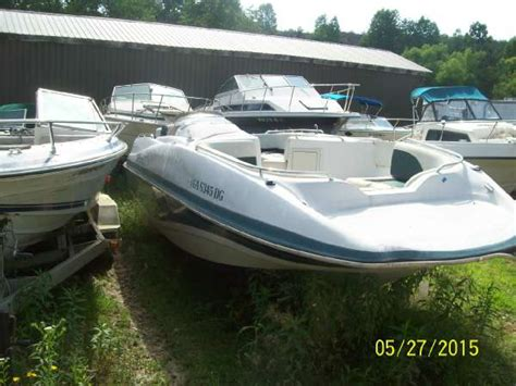 used tahoe boats for sale in georgia 2001 tahoe boats 220 tahoe deckboat mercruiser 5 0 for